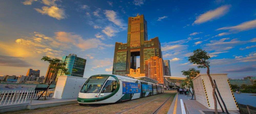 高雄市獲《孤獨星球》2018年世界10大最佳旅遊城市第5名(新聞局提供)