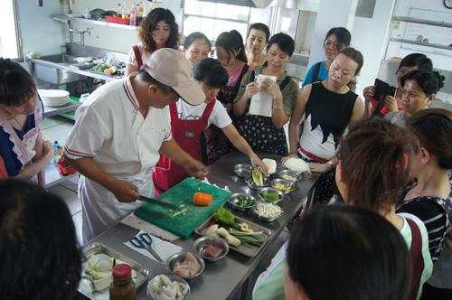Skill training for new immigrants~ training for Level C technician of Chinese culinary